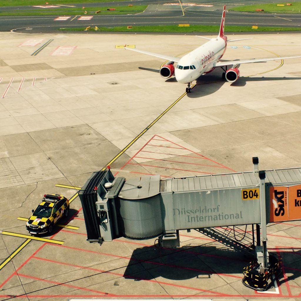 Flughafen Flugzeug Airport Düsseldorf