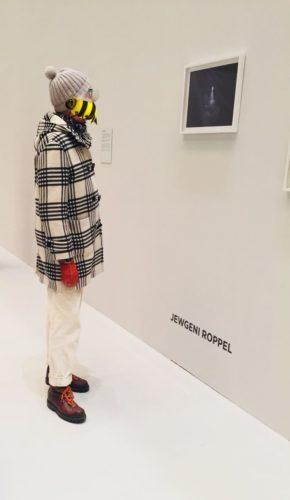 Avantgarde Kunstausstellung Hipster