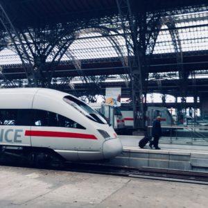 Bahn DB ICE Bahnfahrt Reisen Zug Bahnhof Leipzig