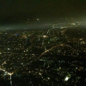Sommernacht Stadt von oben Dunkel