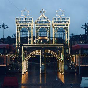 Weihnachtsmarkt Advent Glühwein Hamburg Rathaus