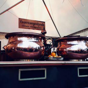 Weihnachtsmarkt Advent Glühwein Feuerzangenbowle