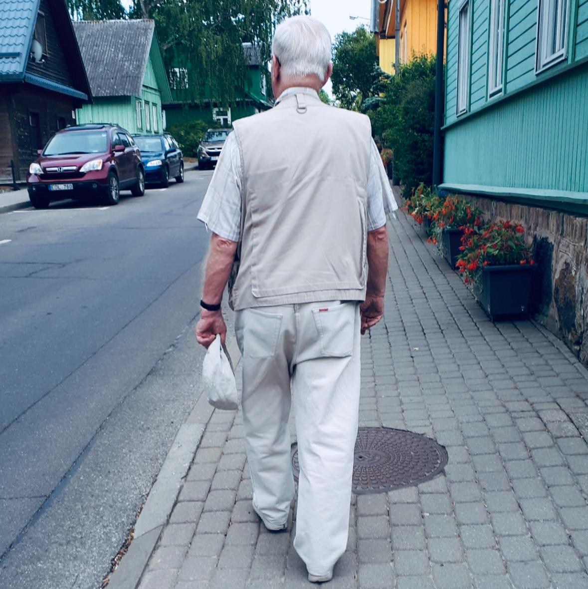 Beige Rentner Deutsche Beige Ocker Farblos deutsch Touristen