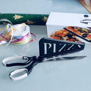 Geschenke Schenken Weihnachten Pizzaschere Schrottwicheln Nutzloses